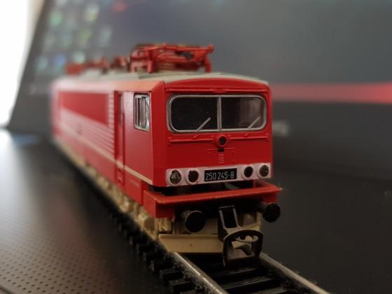 DR BR 250 (DB BR 155) (Spur TT)